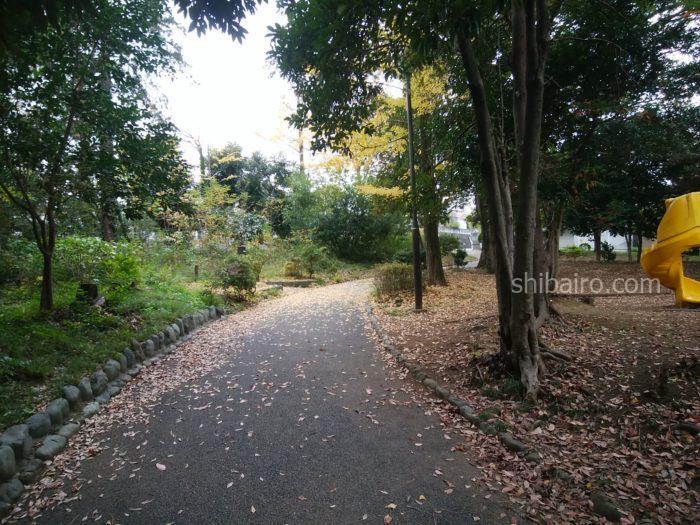 公園をお散歩